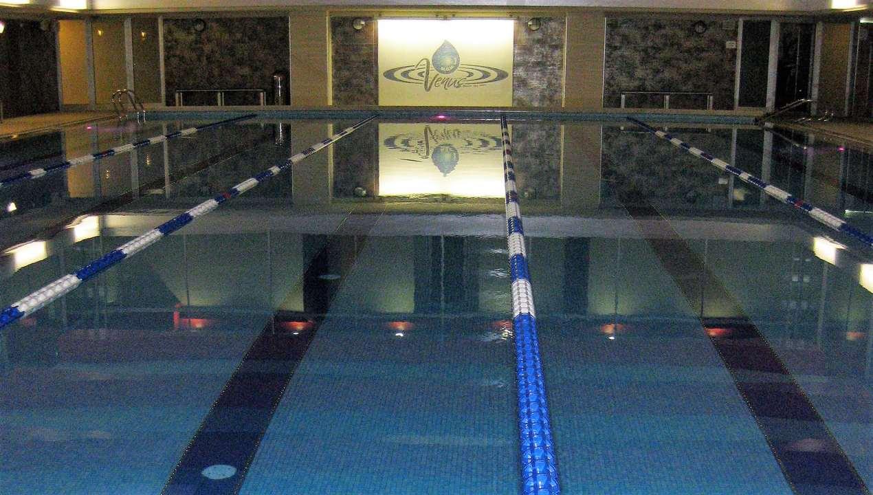 Fondi Mobili Per Piscina : Pulizia della piscina in inglese agnay galleria di design