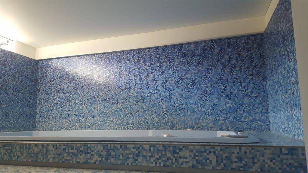 mosaico per spa
