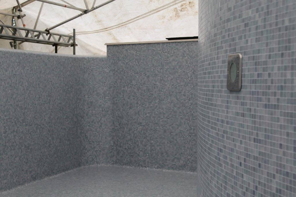 Mosaico Bisazza in piscina