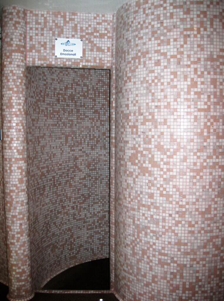 Centi benessere spa in mosaico