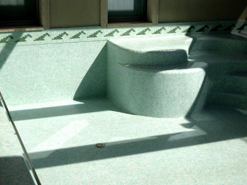 Piscine interrate in mosaico Trend