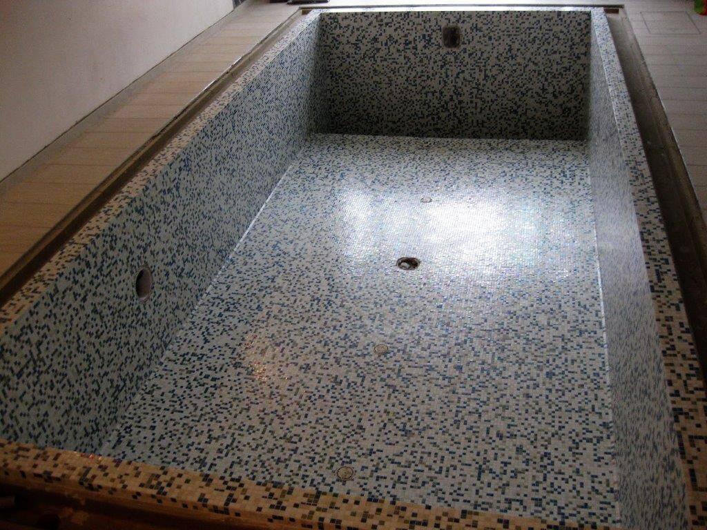 Rivestimento piscina in mosaico Trend