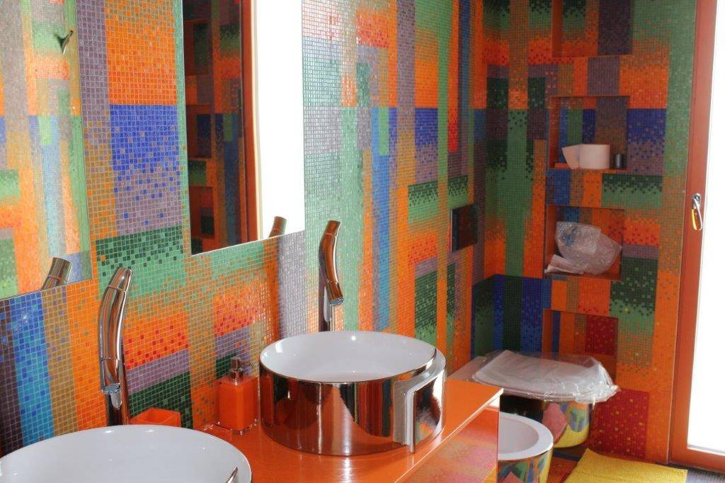 Bagno Bisazza mosaico formato 10x10 mm a Milano