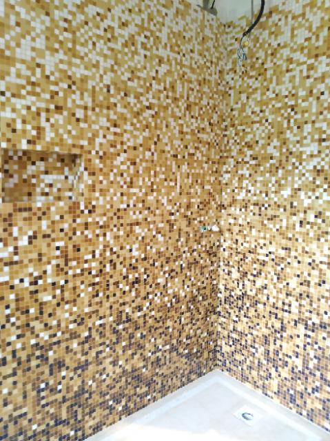 Doccia in mosaico Bisazza